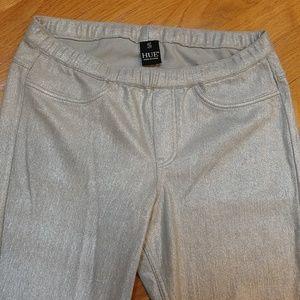 HUE Pants - HUE Metallic Silver Capri's
